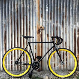 ciclavia-bici-fixed-nera-gialla-1