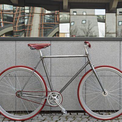 Ciclavia Bologna Bici Scattofisso Grigia Ruote Rosse