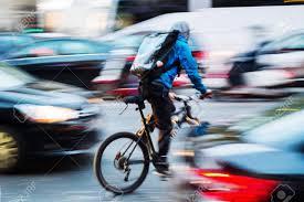 8 insidie per il ciclista urbano